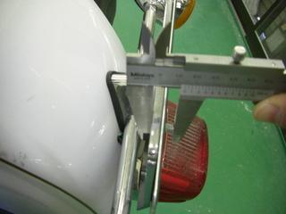 ハーレーダビッドソンのナンバープレートボルト