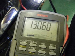 ハーレーのバッテリー電圧意(待機)