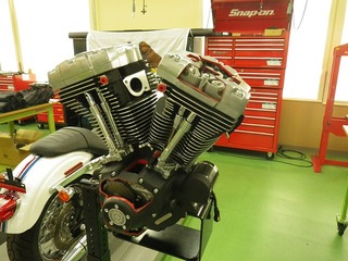 ハーレーダビッドソンのエンジンカットモデル