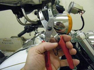 ハーレーのレバー交換特殊工具