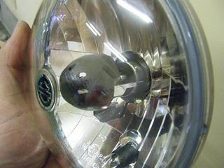 ハーレーのHIDヘッドライト