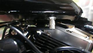 ハーレーダビッドソンの燃料ホースカプラー