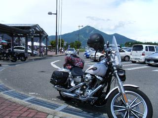 ハーレーと磐梯山PA