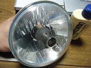 ハーレーのヘッドライトリフレクター