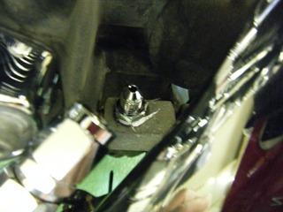 ハーレーの油圧センサーフィッティング