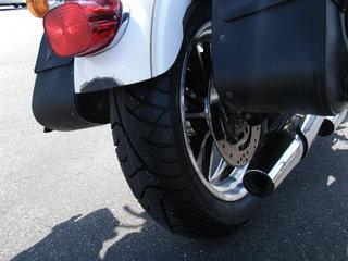 ハーレーの新品タイヤとホイール