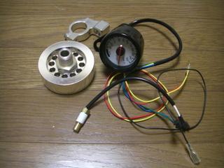 ハーレーダビッドソンのエンジンオイル温度計測パーツ