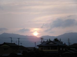 弥彦山の夕日