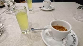 コーヒーと食後酒