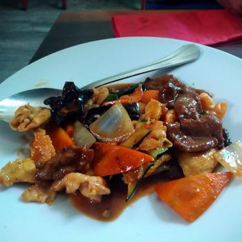 鶏とエビの海鮮ソース