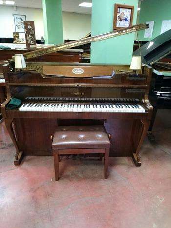 ドイツ製ピアノ