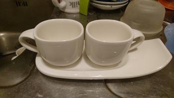 デミタスカップとソーサー
