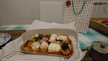 お菓子とバースデープレゼント
