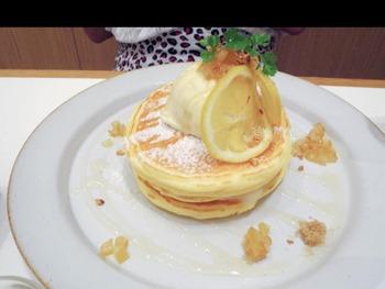 レモンとリコッタチーズのパンケーキ