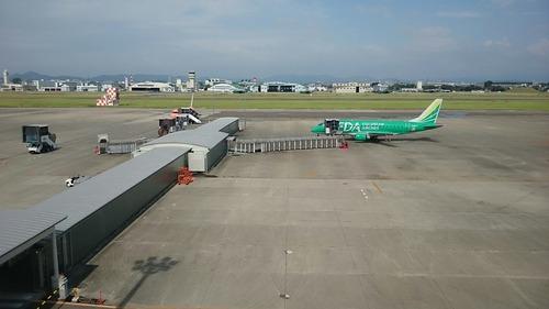 県営名古屋空港 展望デッキにて