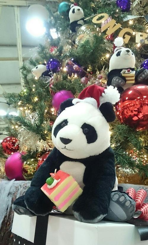 クリスマスツリー Pandaful Christmas 上野駅 アトレ上野