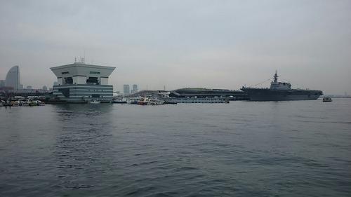 横浜大桟橋 海上自衛隊 DDH-183 護衛艦いずも