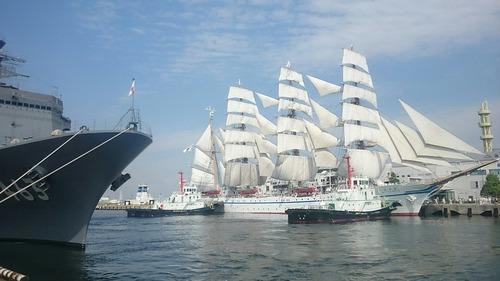 横浜開港祭 2代目「帆船日本丸」 総帆展帆 新港埠頭