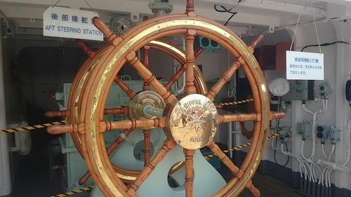 横浜開港祭 2代目「帆船日本丸」 一般公開 新港埠頭 帆走用操舵輪