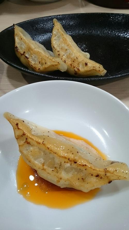 セット餃子 函館麺屋四代目