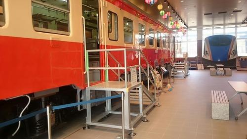JR西日本 糸魚川駅 糸魚川ジオステーション ジオパル キハ52待合室