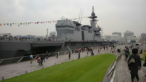 横浜大桟橋 海上自衛隊 DDH-183 護衛艦いずも 一般公開