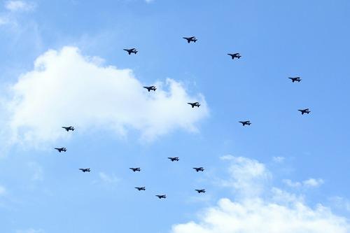 T-4 航空自衛隊創設60周年記念飛行 観閲式予行 百里基地