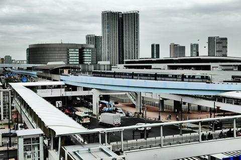 東京臨海新交通臨海線 ゆりかもめ 市場前駅 豊洲市場 屋上緑化広場