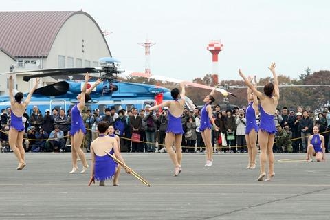 新体操演技 東京女子体育大学 立川防災航空祭 2012.11.11