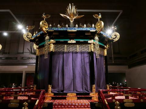 高御座 特別公開 高御座と御帳台 東京国立博物館