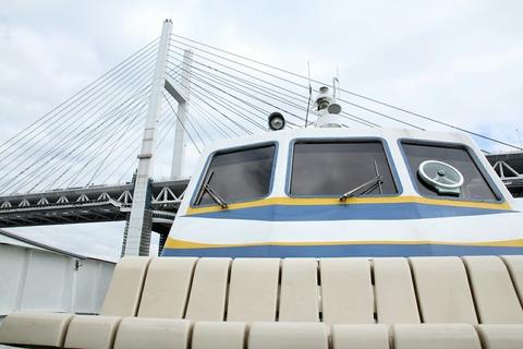 ベイブリッジ 洋上見学クルーズ ポートサービス ペガサス