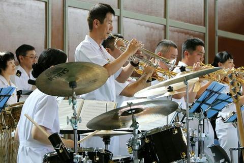 横須賀音楽隊演奏 横須賀地方総監部 よこすかYYのりものフェスタ