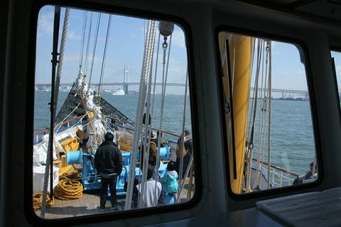 ブリッジ 帆船みらいへ 帆船体験航海 横浜トールシップクルーズ