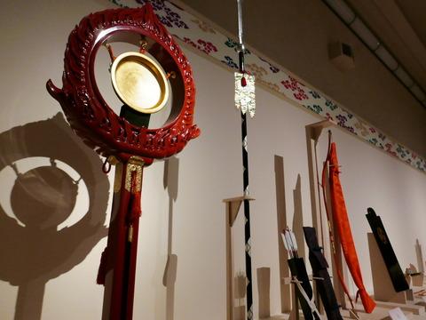 威儀物 特別公開 高御座と御帳台 東京国立博物館