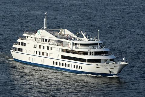 レストラン船 シンフォニー モデルナ レインボーブリッジ