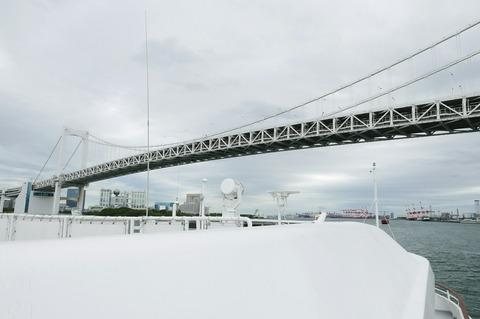 レインボーブリッジ シンフォニークラシカ船上