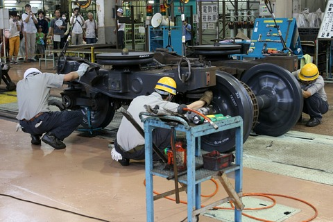 台車組立て作業実演 JR東日本東京総合車両センター 夏休みフェア