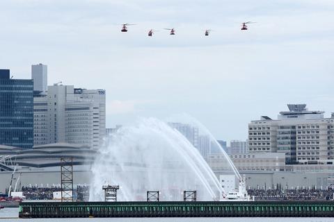 機械部隊分列行進 東京消防出初式 東京ビッグサイト 南千石橋