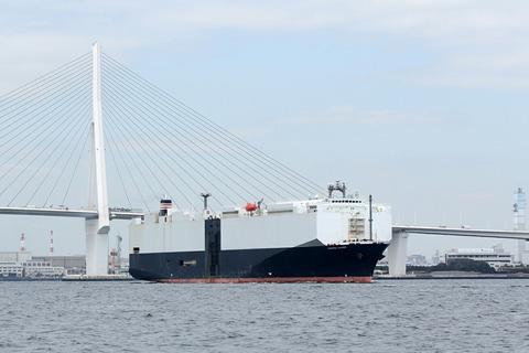 自動車運搬船 洋上見学クルーズ ペガサス 鶴見つばさ橋