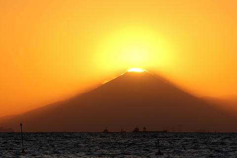 ダイヤモンド富士 稲毛海浜公園 いなげの浜