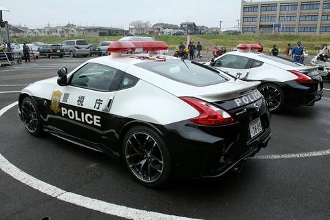 パトカー フェアレディZ NISMO 第39回警視庁白バイ安全運転競技大会
