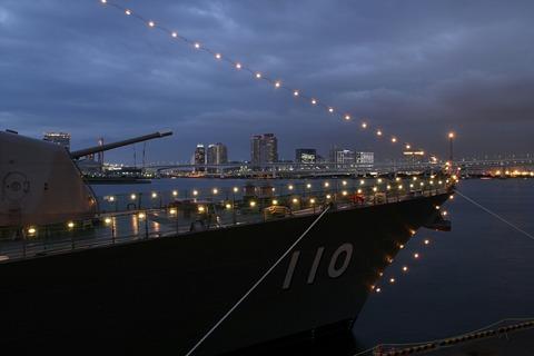 DD-110 護衛艦たかなみ トルコ海軍ゲディズ ホストシップ 電灯艦飾