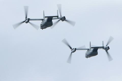 MV-22B オスプレイ 自衛隊記念日観閲式 米軍祝賀飛行 荒川土手