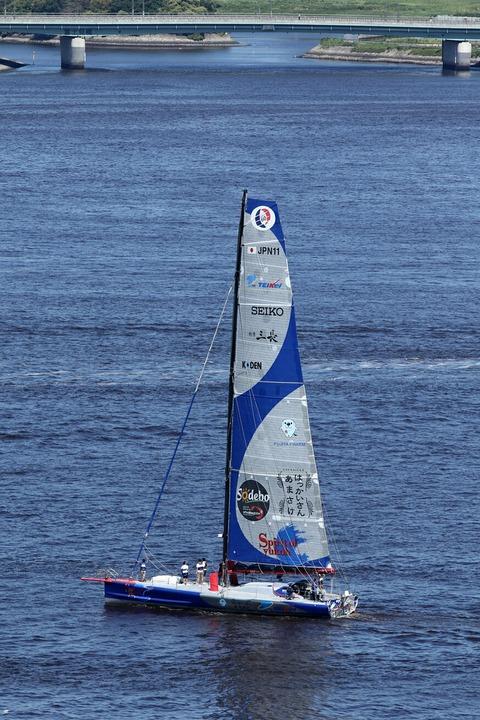 ヨット Spirit of yukoh 白石康次郎 レインボーブリッジ