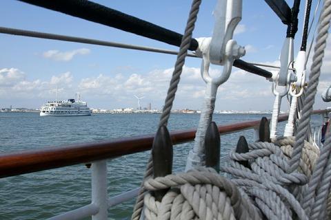 帆船みらいへ 帆船体験航海 横浜トールシップクルーズ