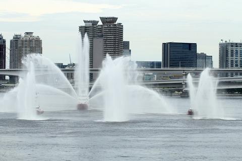 東京消防庁 消防艇 水の消防ページェント 東京みなと祭