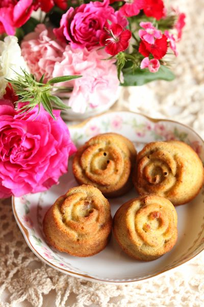 rose-pistache-financier.jpg