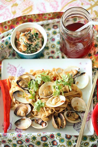 clam-noodle