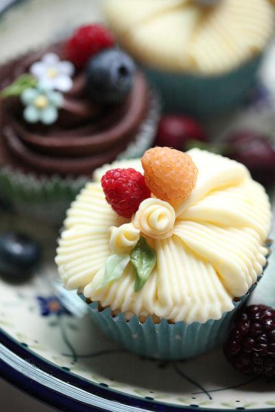 lemony-cupcakes5.jpg