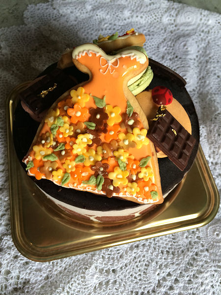 autumn-dress-cake.jpg